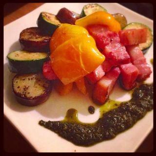 野菜とベーコンのソテー自家製ジェノベーゼ(HEJIRA)