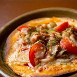 赤モツピザ(宮のバル)