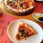 フォアグラのピザ