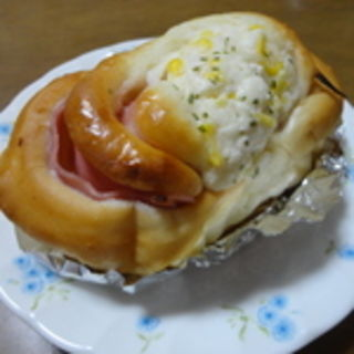 ハムコーンパン(hana・na (ハナナ))