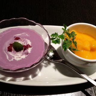 ムラサキ芋のババロアとマンゴープリン(AKA (アカ))