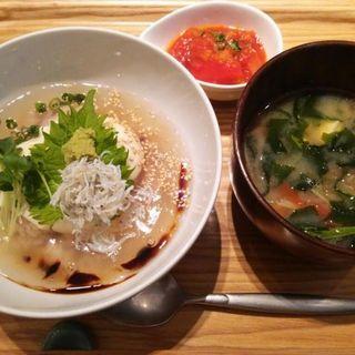 和風あんかけ豆腐丼ハーフサイズ(リナトキッチン (rinato kitchen))