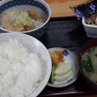 肉豆腐定食(いづみや )