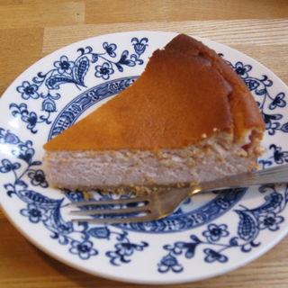 いちごのチーズケーキ(喫茶 Stove (ストーブ))