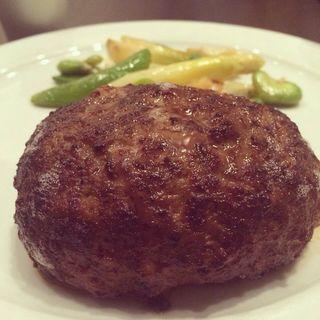 松坂牛のハンバーグ(東洋軒 本店)