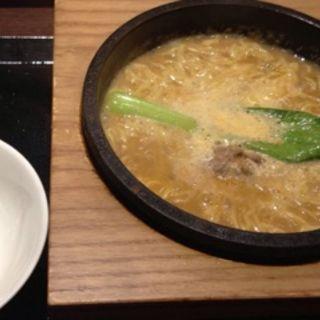 石焼酸辣湯麺(台湾小籠包 新宿サブナード店 )