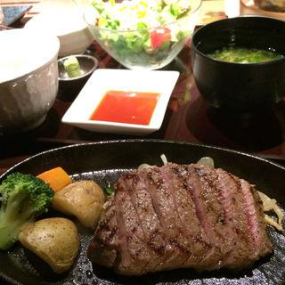 神戸牛ステーキ定食(炭火焼神戸牛いく田 (イクタ))