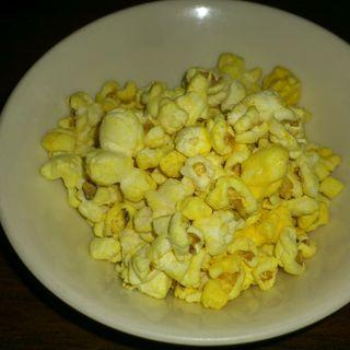 チージーチェダー (レギュラー)(ドック ポップコーン 原宿店 (Doc Popcorn))