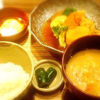 肉じゃが膳(いち膳 エチカフィット永田町店 )