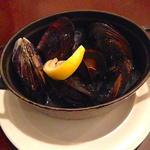 ムール貝のバター焼き(ビストロ酒場staub (ストウブ))