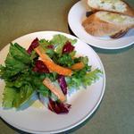パンとサラダセット