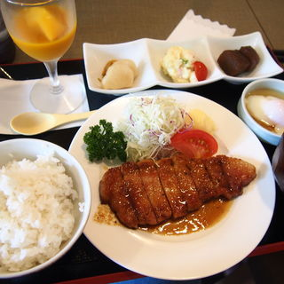 豚ロース生姜定食(ミトラタカセ)