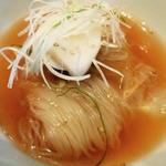 〆の特製冷麺