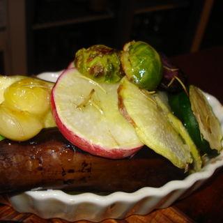 ローズマリー風味のグリル野菜の盛り合わせ(あじゅ )