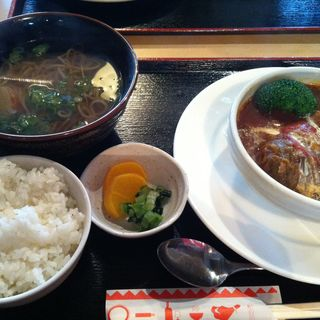 ロールキャベツ定食(味加味 (みかみ))