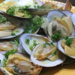 白貝のワイン蒸し