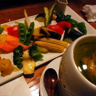 有機野菜のバーニャカウダーソース(京橋 二刀流)