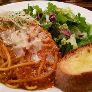 トマトとチーズのパスタセット(WIRED CAFE高輪)