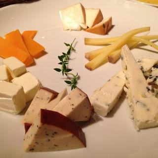チーズの盛り合わせ(JAPONICA (ジャポニカ))