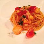 海の幸とトマトソース和えスパゲッティ