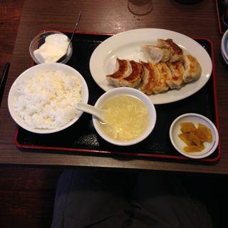 餃子焼定食(勇記餃子房 (ユウキギョウザボウ))