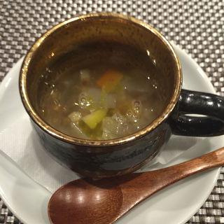 前菜のスープ(森サンジョヴェーゼ )