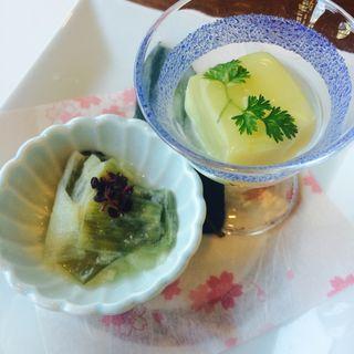 ゆずの豆腐とねぎの酢味噌和え(欅 (けやき))