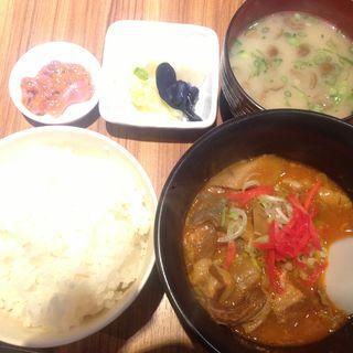 牛すじやわらかトマト煮込み定食(第三新生丸 (ダイサンシンセイマル))