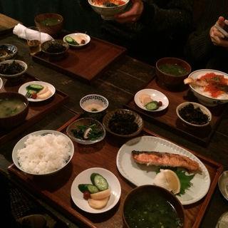 鮭バターライス(しゃけ小島)
