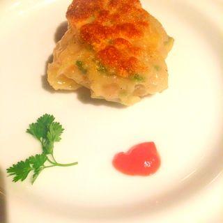 焼きニラ饅頭2ヶ(エッセンス (Chinese Restaurant Essence))