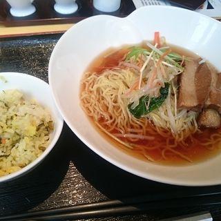 豚角煮添え拉麺+ミニ高菜炒飯(銀座鹿鳴春 秋葉原UDX店)