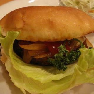 ハンバーガーセット(進々堂 三条店 (シンシンドウ))