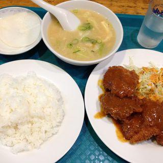 チキンカツ定食(お食事処 千疋屋 (せんびきや))