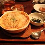 鶏そぼろと里芋の豆乳グラタン