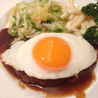 特製ハンバーグステーキ(レストラン・ケルン (Restaurant Kern))