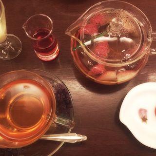 苺の春茶(五感 北浜本館 (GOKAN ゴカン))