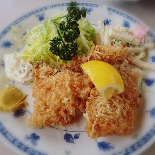 鮭フライ定食(磯野家 (いそのや))
