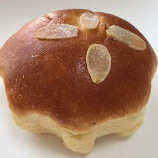 自家製クリームパン(Prier(プリエ))