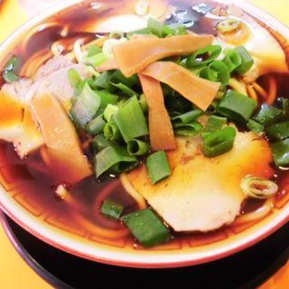 中華そば中盛り(1.5玉)(麺屋7.5Hz 新橋店 (メンヤナナテンゴヘルツ))