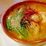 牡蠣とネギの味噌スープ