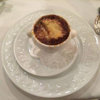 オニオングラタンスープ(レストラン ラベイユ )