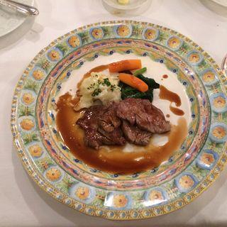 仔牛フィレ肉のソテー(レストラン ラベイユ )