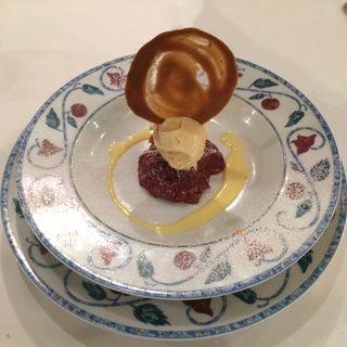 紅玉の焼きりんごとシナモンのアイスクリーム(レストラン ラベイユ )