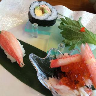 お寿司盛り合わせ(甲羅 西尾店 )