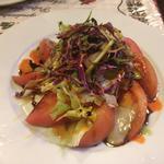 トマトとアンチョビのサラダ
