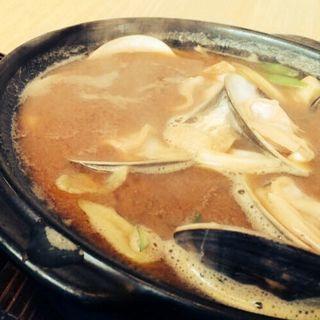 鍋うどん(味噌)(川市 (カワイチ))