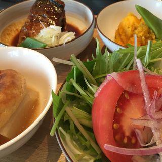 おばんざいサバ煮セット(酢重ダイニング 六角 東京ミッドタウン店 (ロッカク))
