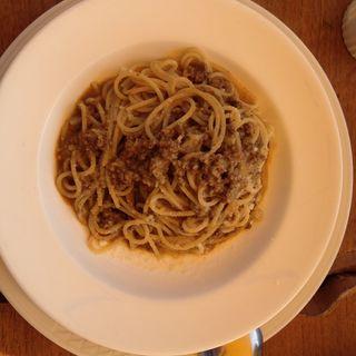 肉のボロネーゼ(ピッツェリア・マルツォ (PIZZERIA MARZO))