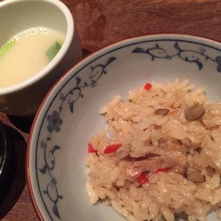 鳥飯と鶏ガラスープ(焼とりの八兵衛 六本木ヒルズ店 )