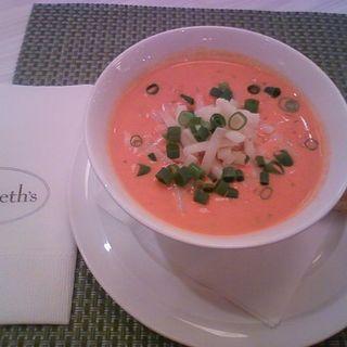 ベルベッティークリームトマトスープ(サラベス ルミネ新宿店)